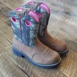 Womens Ariat Steel Toed Boots. Size 6.5